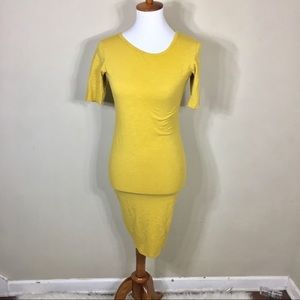 Lularoe Julia Mustard Yellow Wiggle Midi Dress
